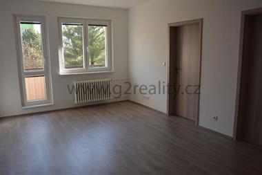Prodej bytu 3+1 v Otrokovicích, ulice Hlavní