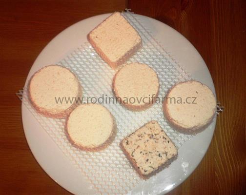 Kozí sýr s česnekem - 100 g