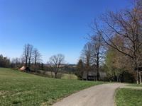 Pohled na Šediviny od kostela
